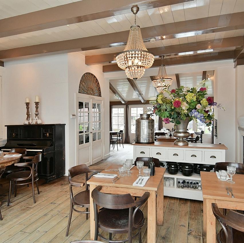 Restaurant met bovenwoning Naarden Vesting